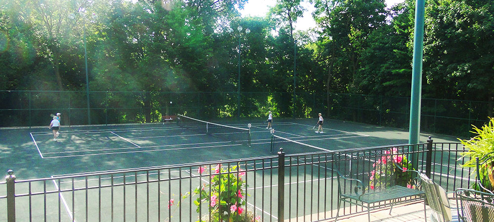 TENNIS AT COUNTRY CLUB OF PEORIA